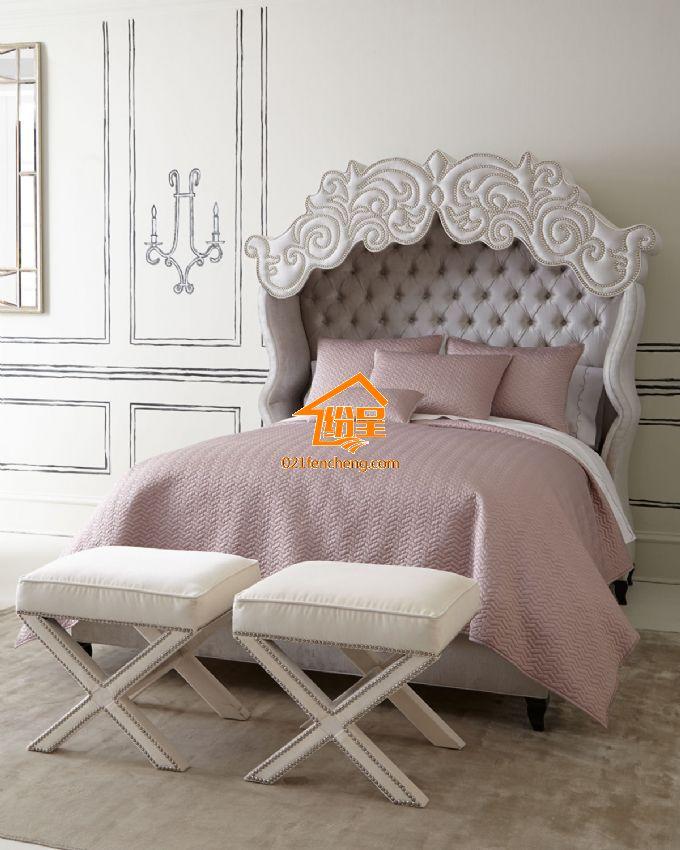 宫廷欧式布艺双人床床头采用高档布艺